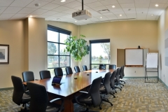 tour_boardroom_4-min