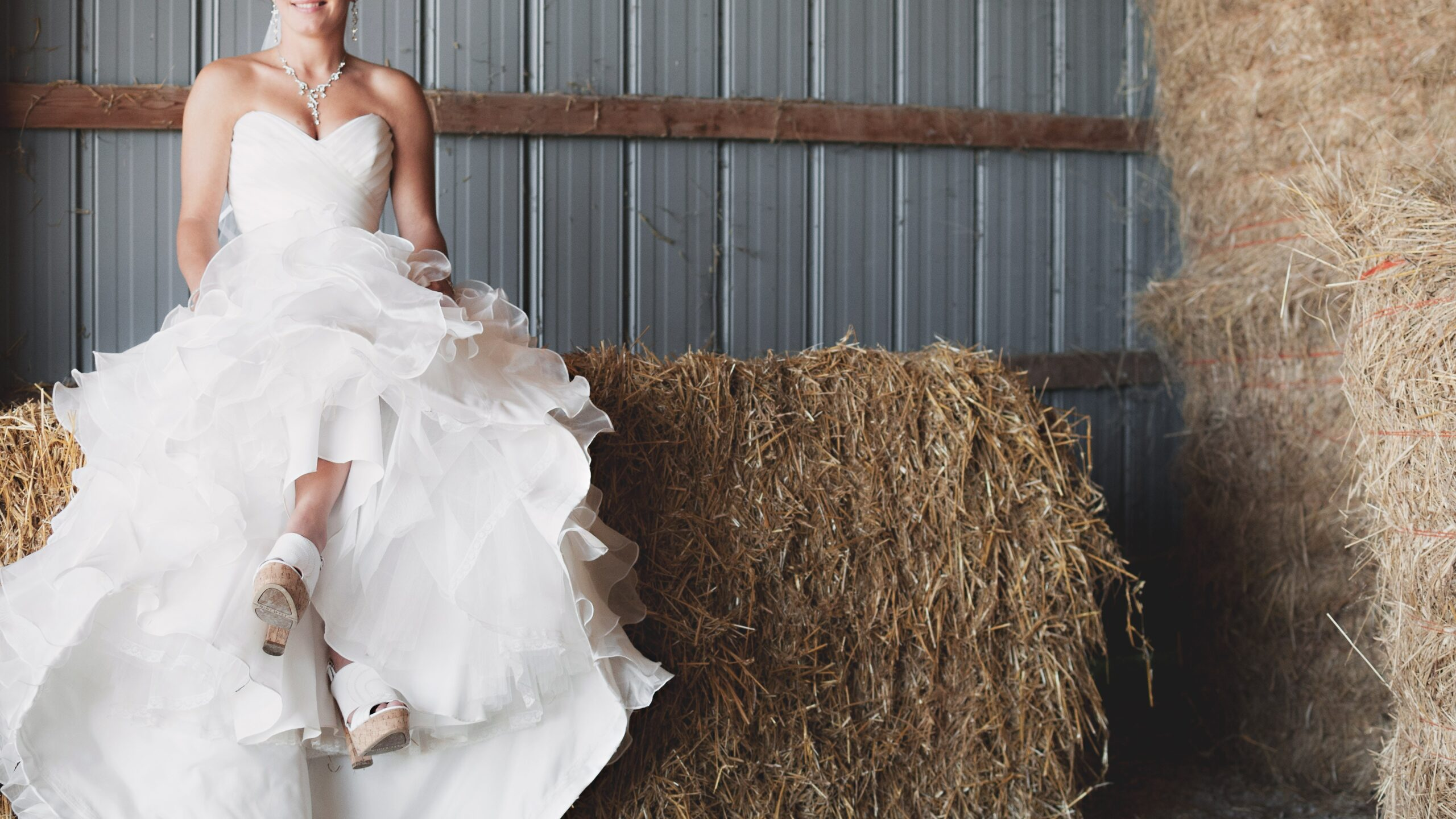 4 Tips To Choose Your Dream Wedding Dress